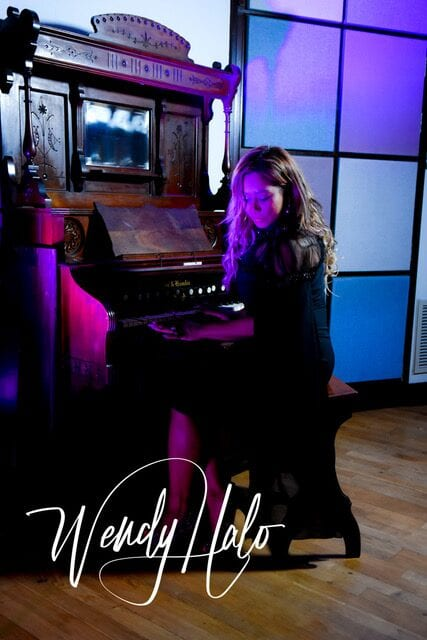 New Indie Pop from Wendy Halo Makes Fire and Ice